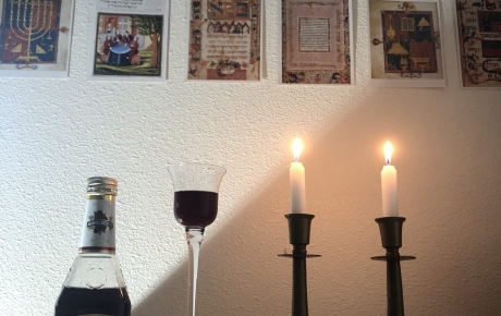 Practical Judaism for College Students: DIY Shabbat Edition
