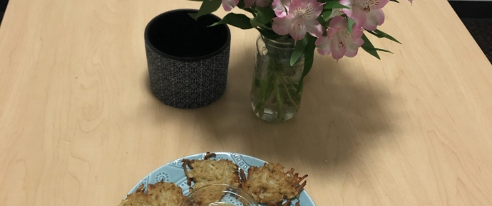 Latkes for Busy Tired College Students That Kinda Suck at Cooking